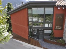 Santa Bárbara, hotel en Sant Corneli de Cercs