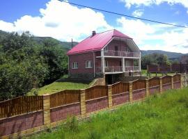 Guest house Otdyh v gorah adygei, hotel in Khamyshki