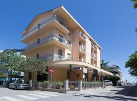 Hotel Sirena, отель в Беллария-Иджеа-Марина