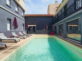 Kyriad Marseille Blancarde - Timone, hotel with pools in Marseille