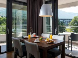 Premium Apartments Srebreno, luxury hotel in Mlini
