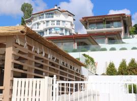 Kabakum Holiday Houses, хотел близо до Лифт Аргищ, Златни пясъци