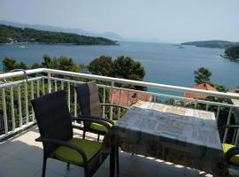 Apartments Vukas, pet-friendly hotel in Lumbarda
