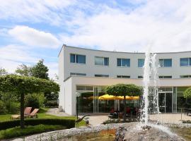 Hotel Grauholz, отель в Берне