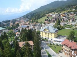 Hotel Vittoria, hotel near Coston - Monte Coston, Folgaria