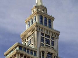 Триумф Палас Отель, отель в Москве, рядом находится Выставочный центр «Крокус Экспо»