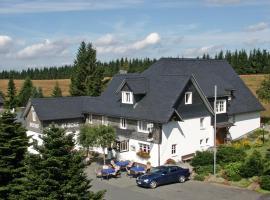 Berggasthof zur Glocke, hotel near Kahler Asten, Winterberg