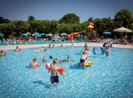 Camping Fossalta, glamping site in Lazise