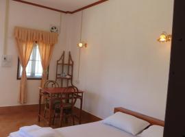 Kongkeo Guesthouse, B&B in Muang Phônsavan