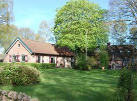 B&B BeZINspiratie, hotel dicht bij: Attractiepark Slagharen, Schuinesloot