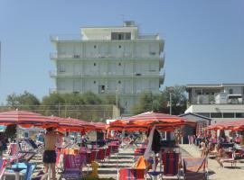 Hotel Italia, отель в Сенигаллии