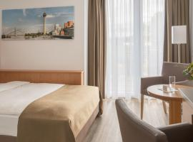 Hotel Chrisma, hotel near Jever Fun Skihalle, Düsseldorf