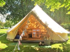 Oxford Riverside Glamping, luxury tent in Oxford