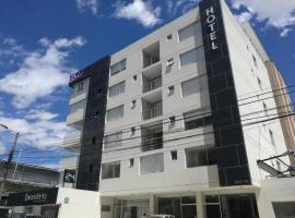 Hotel Sabet, hotel near Capilla del Hombre Museum, Quito