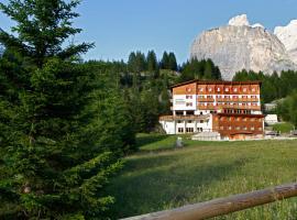 Hotel Meisules, hotel in Selva di Val Gardena