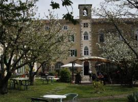 Hotel Carmel, hôtel aux Vans