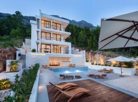 Soho Apartments Brela, hotel with pools in Brela