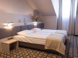 Hotel Restauracja Piwnica Rycerska – hotel w pobliżu miejsca Rodzinny park rozrywki Energylandia w mieście Kęty