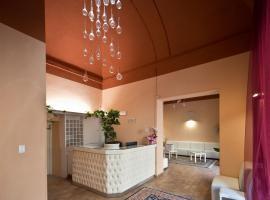 Hotel Palazzo Renieri, hotel in Colle di Val d'Elsa