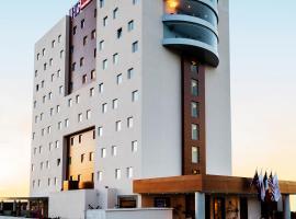 HS HOTSSON Hotel Queretaro, hotel 5 estrellas en Querétaro