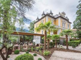 Aparthotel Villa Helvetia Vintage Suites & Breakfast, apartment in Merano