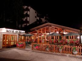 Hotel Splendor, hotel in Folgarida