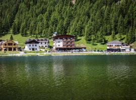 Hotel Sorapiss, hotel in zona Lago di Misurina, Misurina