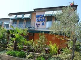 Hotel Morgana, hotel in Marina di Carrara