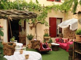 La Maison de la Viguerie, hotel in Aigues-Mortes