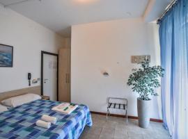 Hotel Continental, hotel in Pesaro