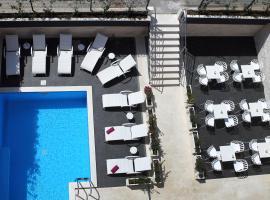 Villa M, hotel in Split