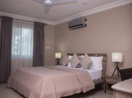 Manjaro Suites, serviced apartment in Accra
