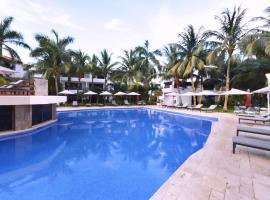 Sina Suites, hotel near National park El Garrafón, Cancún