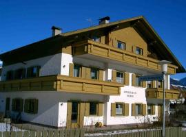 Appartments Hilber, cabin in Brunico