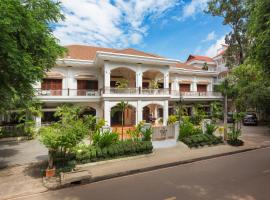 Grand Sunset Angkor Hotel, hotel near Angkor National Museum, Siem Reap