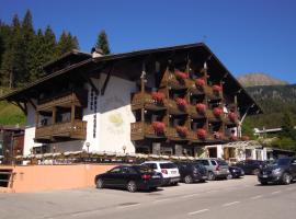 Hotel Orsingher, hotel in San Martino di Castrozza