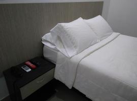 Hotel Boutique Santorini Class, отель в городе Синселехо