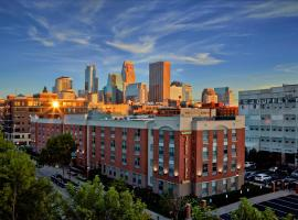 TownePlace Suites by Marriott Minneapolis Downtown/North Loop, отель в Миннеаполисе