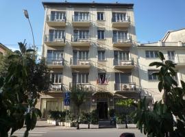 Hotel Stella D'Italia, hotel in Viareggio