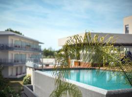 Zenitude Hôtel-Résidences Le Maestria, hotel in Antibes
