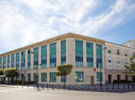 Séjours & Affaires Serris Rive Gauche, hôtel à Serris