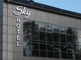 Отель Sky, отель в городе Днепр