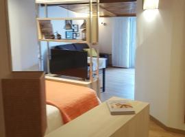 Estudio Atico Ourense, apartamento en Ourense