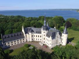 Schlosshotel Ralswiek, Hotel in der Nähe von: Bahnhof Bergen auf Rügen, Ralswiek