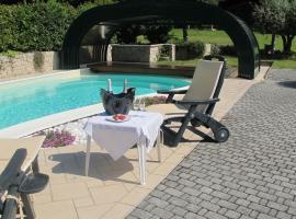 Casa Guglielmo, hotel in zona Montecampione Resort, Pisogne