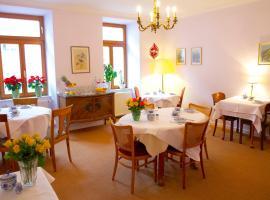 Pension Gärtnerplatz, guest house in Munich
