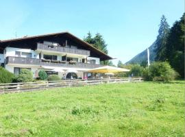 Zugspitz Traumapartment, self catering accommodation in Farchant