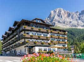 Hotel Colfosco, hotel in San Martino di Castrozza