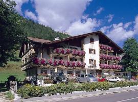 Hotel Soreie, hotel in Pozza di Fassa