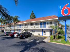 Motel 6-Long Beach, CA - Los Angeles, hotel near Long Beach Airport - LGB, Long Beach